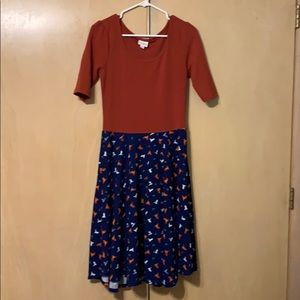 Medium LulaRoe Nicole Dress
